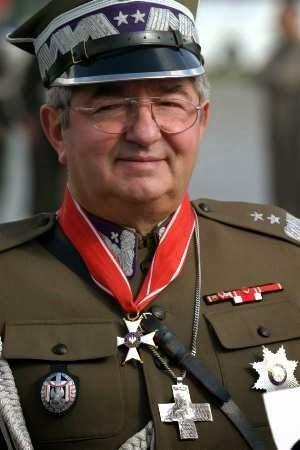 Chcesz być generałem Wojska Polskiego? Idź do seminarium, serio!